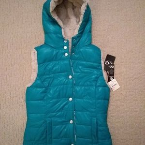 NWT Be Boundless hooded reversible vest